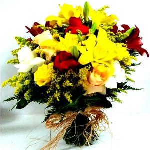 Buque tropical com flores coloridas