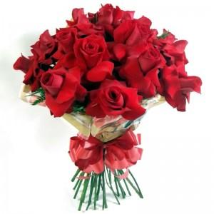 Buquê Braçada de Rosas Importadas